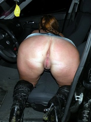 Booty mommy at the car...