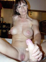 Horny mature girlfriends..