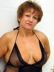 Naked Lady perverted middle-aged