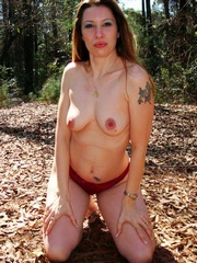 Naked mature beauty erotic pictures