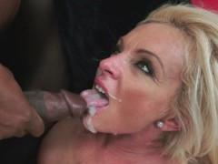 Bigtits granny screwed by black cock