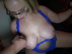 Wife Blowbang at Club
