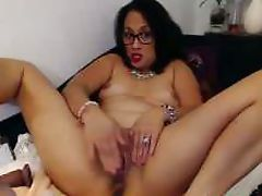 Hot asian mature Maya Luna double penetrates